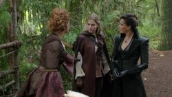 Once Upon a Time - 7x10 - The Eighth Witch - Family