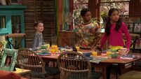 Raven's Home - 1x03 - The Baxters Get Bounced - Levi, Booker and Nia