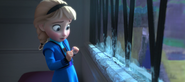 Young Elsa afraid