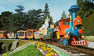 File:Casey Jr. Circus Train.jpg