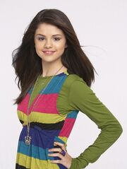 Alex-wizards-of-waverly-place-479556 300 399