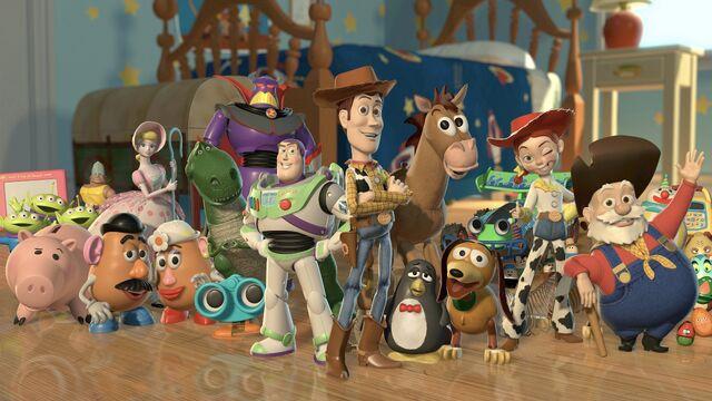 File:Toy-story-2-characters-desktop-wallpaper-3840x2400.jpg