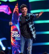 Zac Efron at 2018 Teen Choice Awards