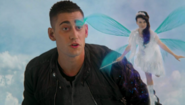 Once Upon a Time in Wonderland - 1x02 - Trust Me - Will and Silvermist