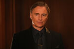 Once Upon a Time - 6x16 - Mother's Little Helper - Photography - Mr. Gold