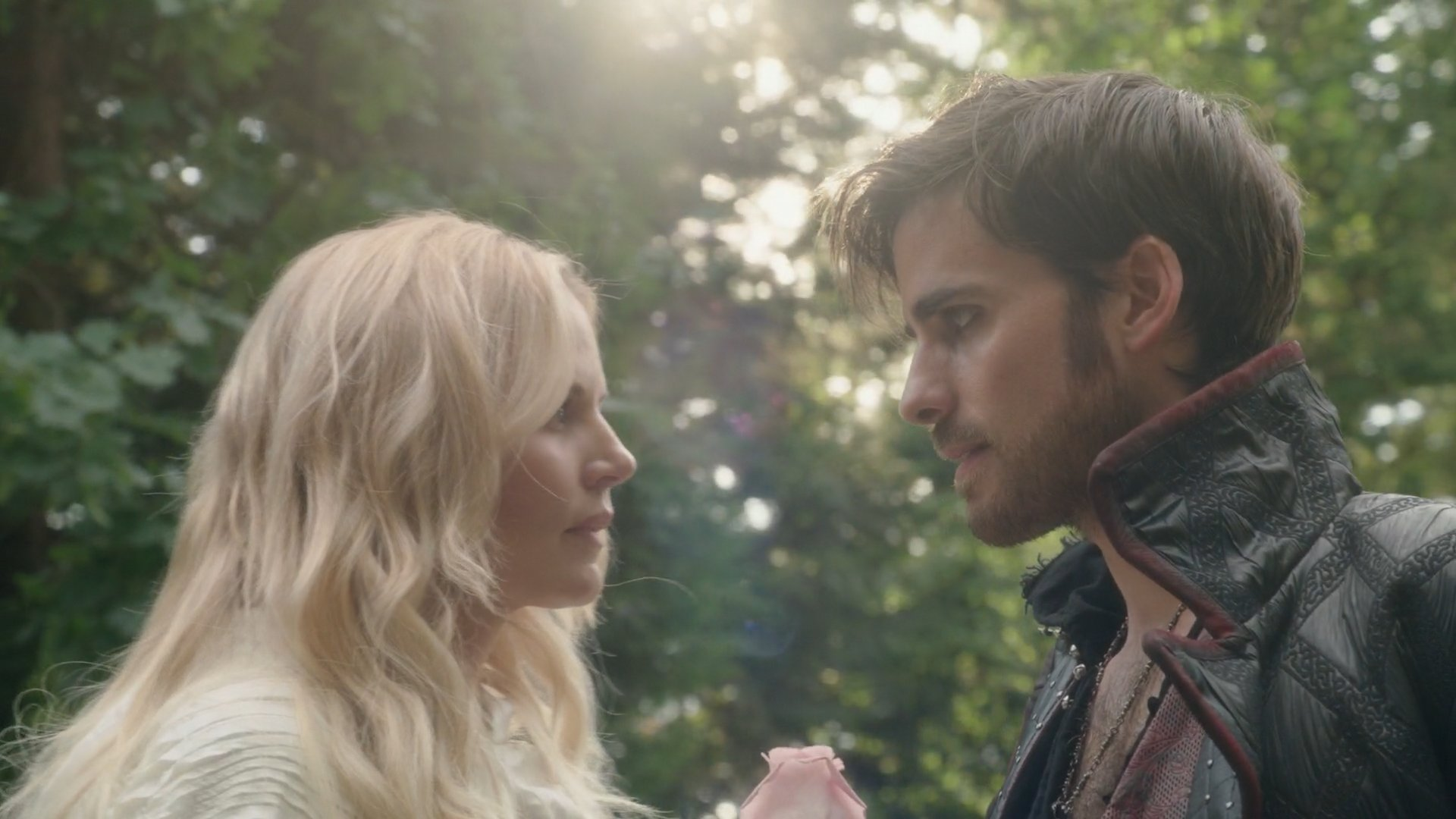 once upon a time emma and hook wiki A couple weeks ago, i gave you guys eight reasons to ship regina and robin hood, and this week i think we definitely need to talk about emma and killian (aka captain hook) it's been quite some time since these two met and undeniably shared major chemistry i'm kind of sad that nothing has really.