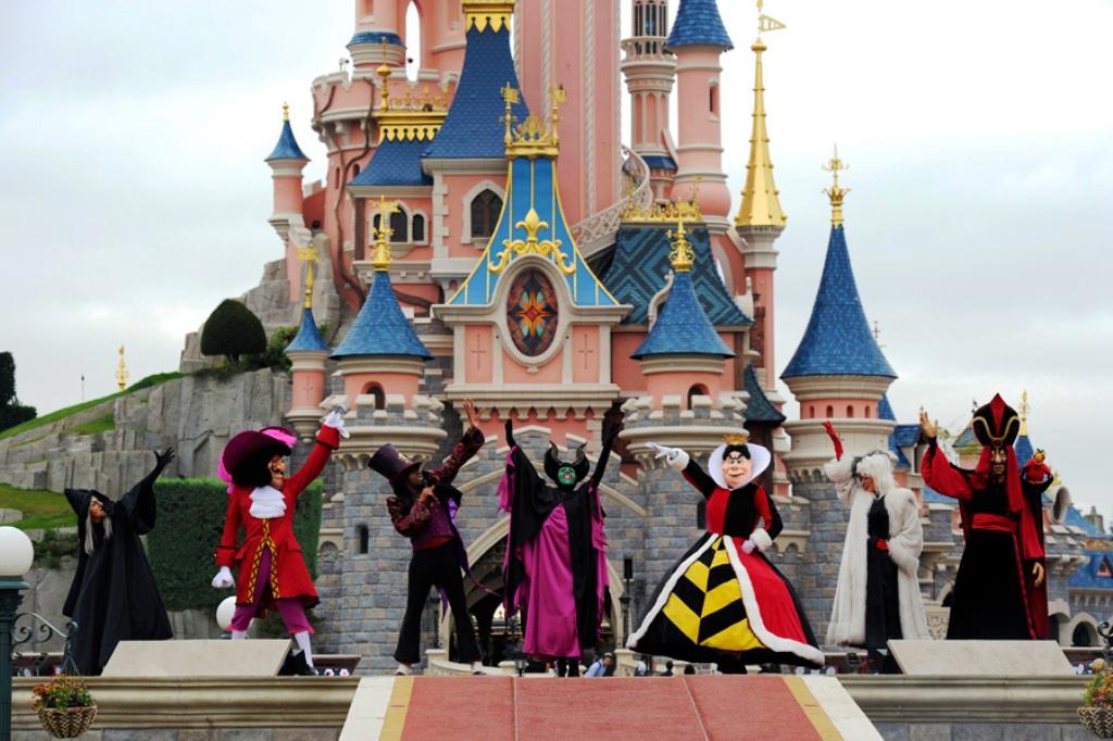 Disney S Maleficious Halloween Party Disney Wiki