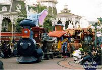 Disneyland paris Dumbo parade