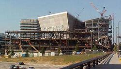 2001-0714-DisneyHall-construction