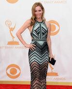 Leslie Mann 65th Emmys