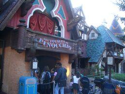 Pinocchio Paris