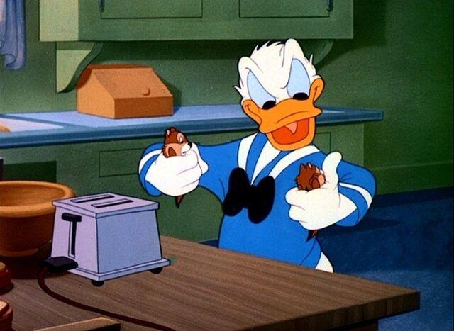 File:Donald captures cnd via toaster.jpg