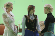 Once Upon a Time - 4x06 - Family Business - Production - Ingrid, Anna and Elsa