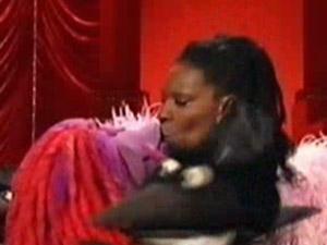 File:Kiss Whoopi Clifford.jpg