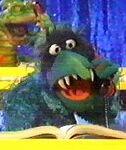 Dark Green Hunchback Frackle
