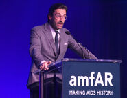 Jon Hamm speaks at amFar Gala