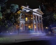 New-Orleans-Square1
