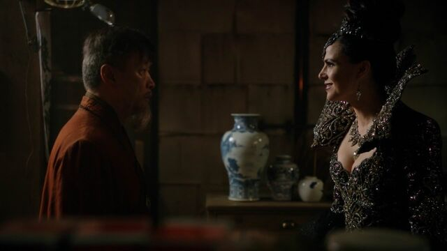 File:Once Upon a Time - 5x23 - An Untold Story - Evil Queen and Dragon.jpg