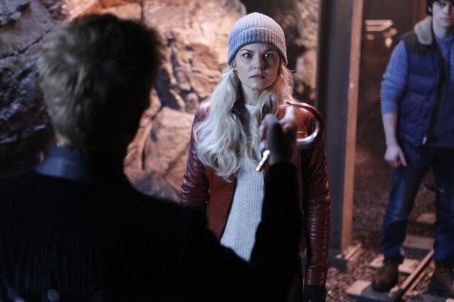 File:OUAT Season 5 Episode 13 09.jpg