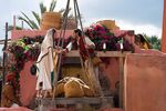 Aladdin - Photography - Aladin & Jasmine in Market