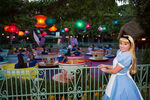 Tea-Cups-Alice-in-Wonderland-disney-rundisney-disneyland-half-meet-up