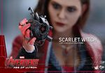 Scarlet Witch Hot Toys 12