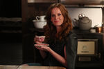 Once Upon a Time - 6x05 - Street Rats - Photography - Zelena 3