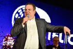 Jeff Garlin speaks at Scleroderma Benifit