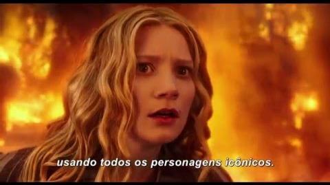Alice Através do Espelho - Lewis Caroll - 26 de maio nos cinemas