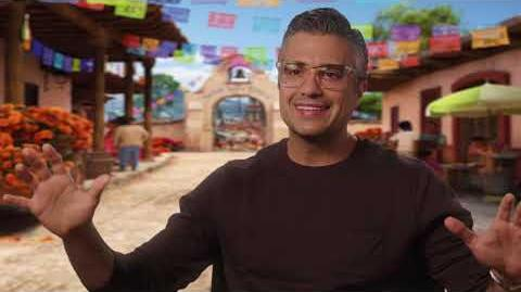 """Coco Official """"Papá"""" Interview with Jaime Camil"""