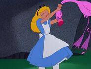 Alice-in-wonderland-disneyscreencaps.com-7682