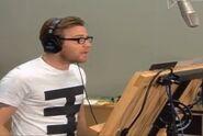 Ewan McGregor behind the scenes Valiant