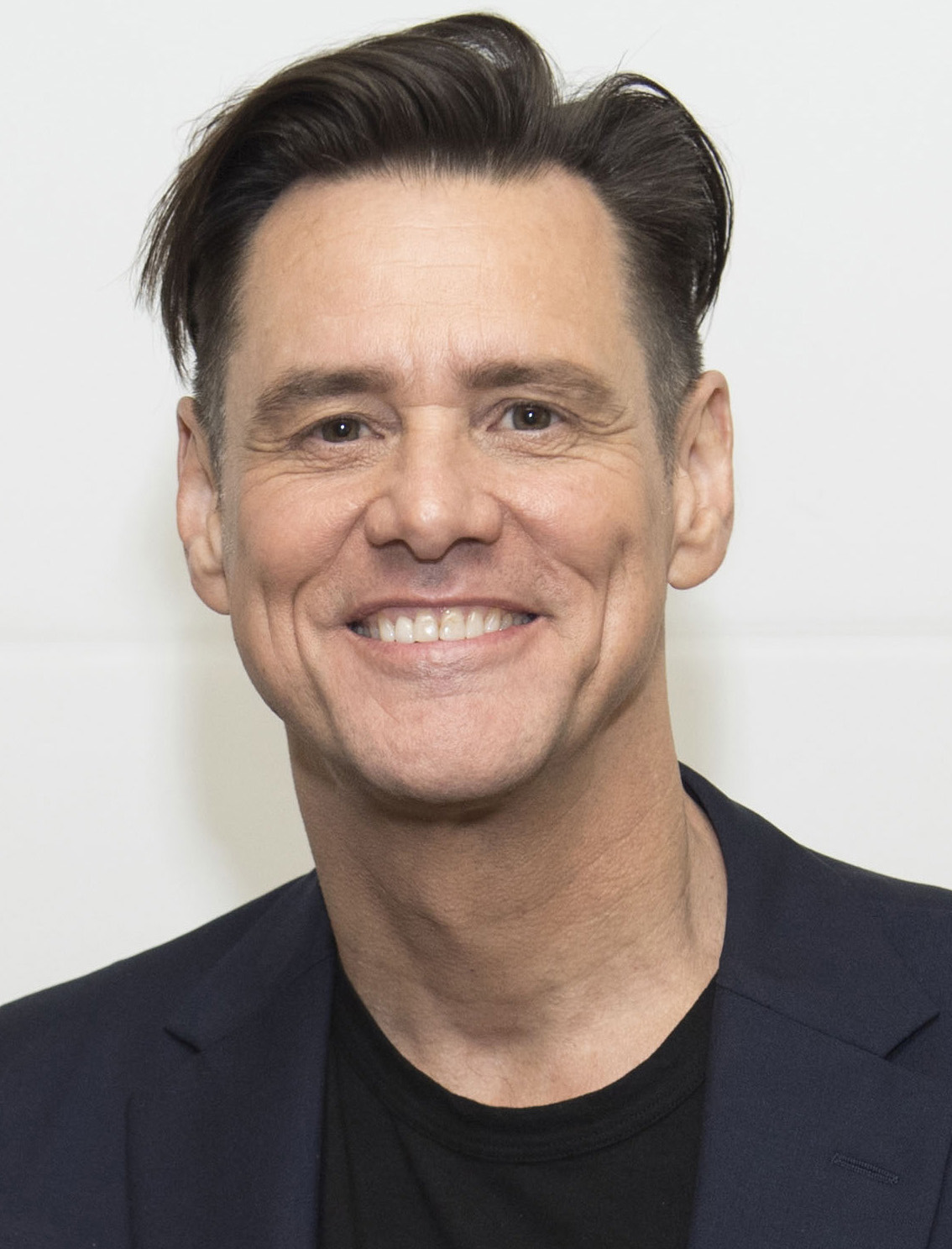 Jim Carrey's newest character is as plain as the beard on ...  |Jim Carrey