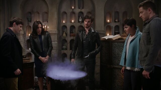 File:Once Upon a Time - 5x06 - The Bear and the Bow - Potion.jpg