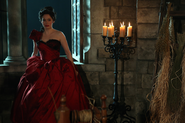 Once Upon a Time - 2x16 - The Miller's Daughter - Photography - Cora