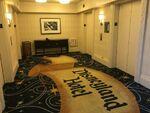 Disneyland-hotel-elevator-landing-1024x768