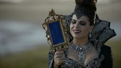 Once Upon a Time - 6x08 - I'll Be Your Mirror - Queen with Mirror 3