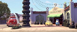 Cars-disneyscreencaps.com-4159