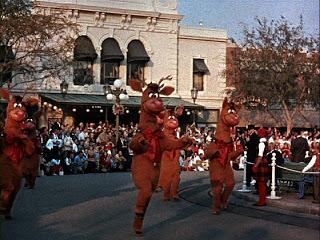 File:Silly Reindeer at Disneyland.jpg