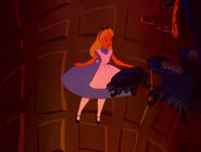 Alice-in-wonderland-disneyscreencaps.com-568