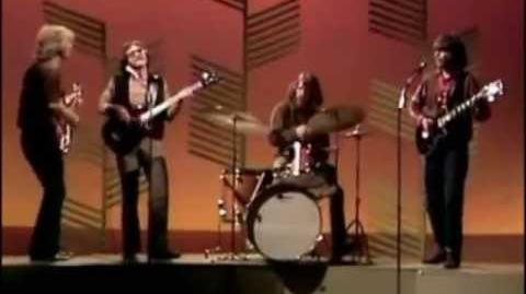 Bad Moon Rising - Creedence Clearwater Revival (HQ - 5