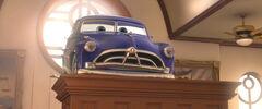 Cars-disneyscreencaps.com-3507