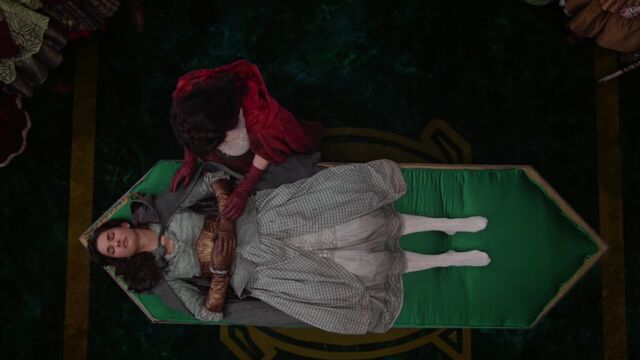 File:Once Upon a Time - 5x18 - Ruby Slippers - Ruby and Dorothy.jpg
