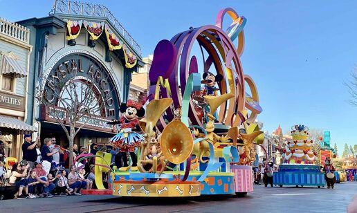 Mickey's Soundsational Parade | Disney Wiki | FANDOM powered