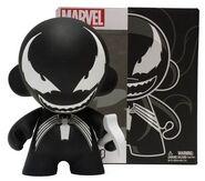 Kidrobot-Marvel-MUNNY-Venom-Vinyl-Figure