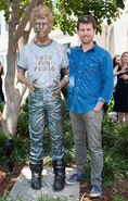 Jon Heder with Napoleon Dynamite Statue