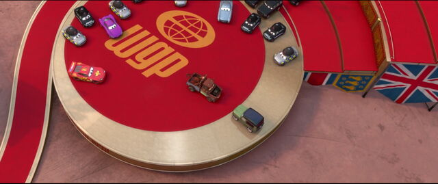 Tập tin:Cars2-disneyscreencaps.com-10735.jpg