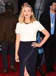 Elizabeth Olsen Avengers AoU premiere