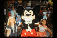 MickeyTrailer2