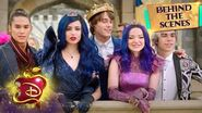 Break this Down 💥 Behind the Scenes Descendants 3